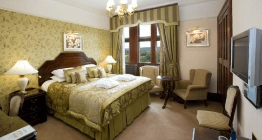 Armathwaite Hall - Deluxe bedroom