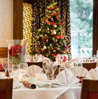 Make Christmas a once-in-a-lifetime experience this year.  With award-winning dining options, extraordinary activities, guided fell walking, warming mulled wine and more, experience a luxury 3-day break you will never forget.  Prices start from just £975.  Book today via the link in our bio. #armathwaitehall #christmas2021 #christmasbreak #lakedistrict #spasinthelakedistrict #lakedistrictuk