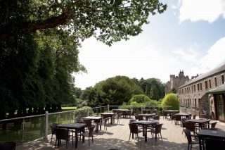 Planning on catching up with friends in the sun?  Indulge in delicious alfresco lunches and light bites on our Lime Trees Terrace overlooking our beautiful gardens.  To reserve your table call 017687 76551. #armathwaitehall #hotel #spring #lakedistrict #outdoordining #alfresco #lakedistrictuk