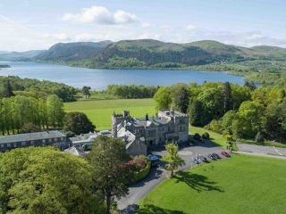 Seize the moment on your summer break!  We have compiled a list of unmissable sights and iconic landmarks for you to visit during your stay in the Lake District.  Discover more via the link in our bio.  #armathwaitehall  #summer  #lakedistrict #lakedistrictuk