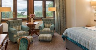 Perfect for special occasions, family breaks or luxurious weekend escapes, our Deluxe Lake View Rooms boast ample space and phenomenal views of the stunning Bassenthwaite Lake to make your stay extraordinary. Book today via the link in our bio. #armathwaitehall #thespaatarmathwaitehall #getaway #autumn #autumnbreak #spabreaks #luxuryhotel #lakedistrict #spasinthelakedistrict #lakedistrictuk