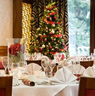 Kickstart your Christmas and New Year in true luxury with a one-of-a-kind getaway.  Experience award-winning dining, exhilarating activities and sublime Lake View accommodation when you celebrate amongst the snow-kissed fells.  Book today via the link in our bio. #armathwaitehall #christmas2021 #christmasbreak #lakedistrict #spasinthelakedistrict #lakedistrictuk