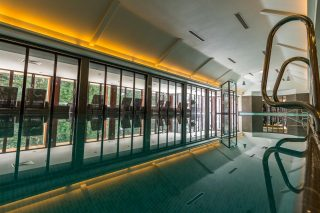 We have officially launched our exclusive Sunrise Spa and Sunset Spa offers!  Enjoy use of spa facilities from 7.30-10am and a selection of teas, coffee and pastries for just £55 with our Sunrise Spa package, available Monday-Thursday.  Our Sunset Spa offer includes use of spa facilities from 5.30-8.30pm, a glass of prosecco in the hot tub and use of robes and slippers for just £60, available Thursday & Friday.  Book now via the link in our bio! #armathwaitehallhotel #thespaatarmathwaitehall #relax #refresh #luxuryspaday #spasinthelakedistrict #lakedistrict #lakedistrictuk